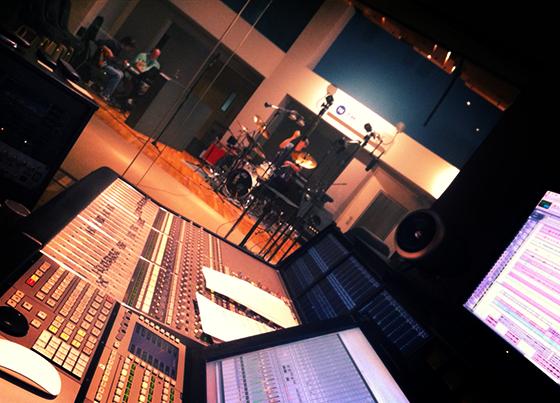 TM Studios - Smooth Radio session